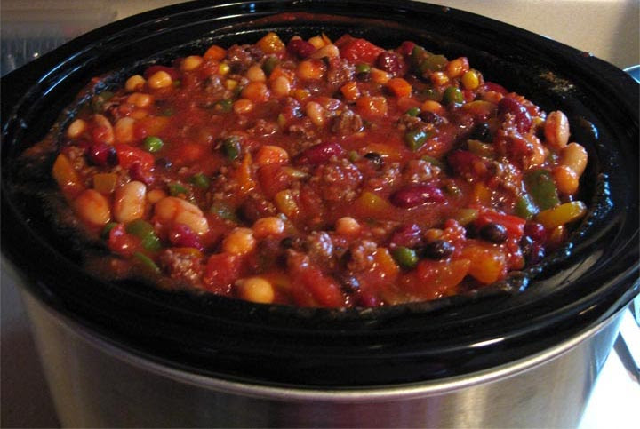 Vegetarian Crock Pot Chili Recipe  Sohl Design Ve able Beef Chili or Ve atarian Chili