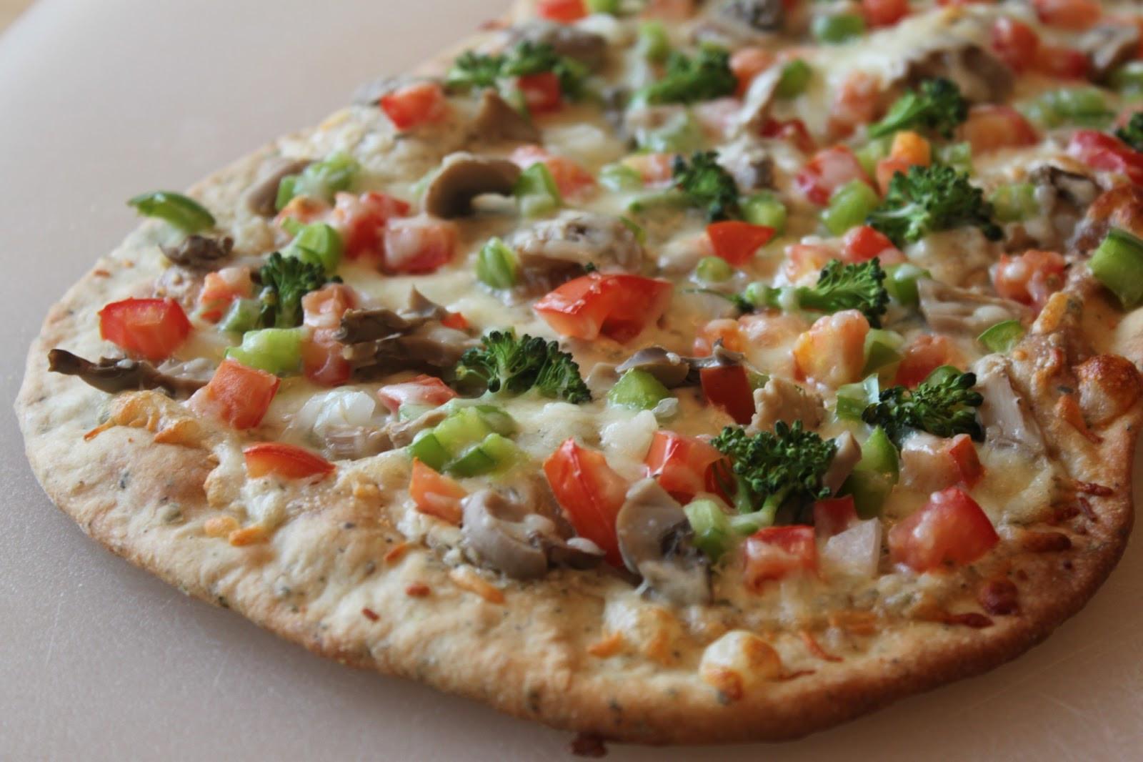 Vegetarian Flatbread Pizza Recipes  Recipes Plus More White Veggie Flatbread Pizza