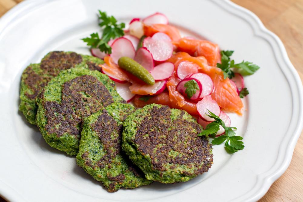 Vegetarian Paleo Recipes  Paleo Broccoli Pancakes