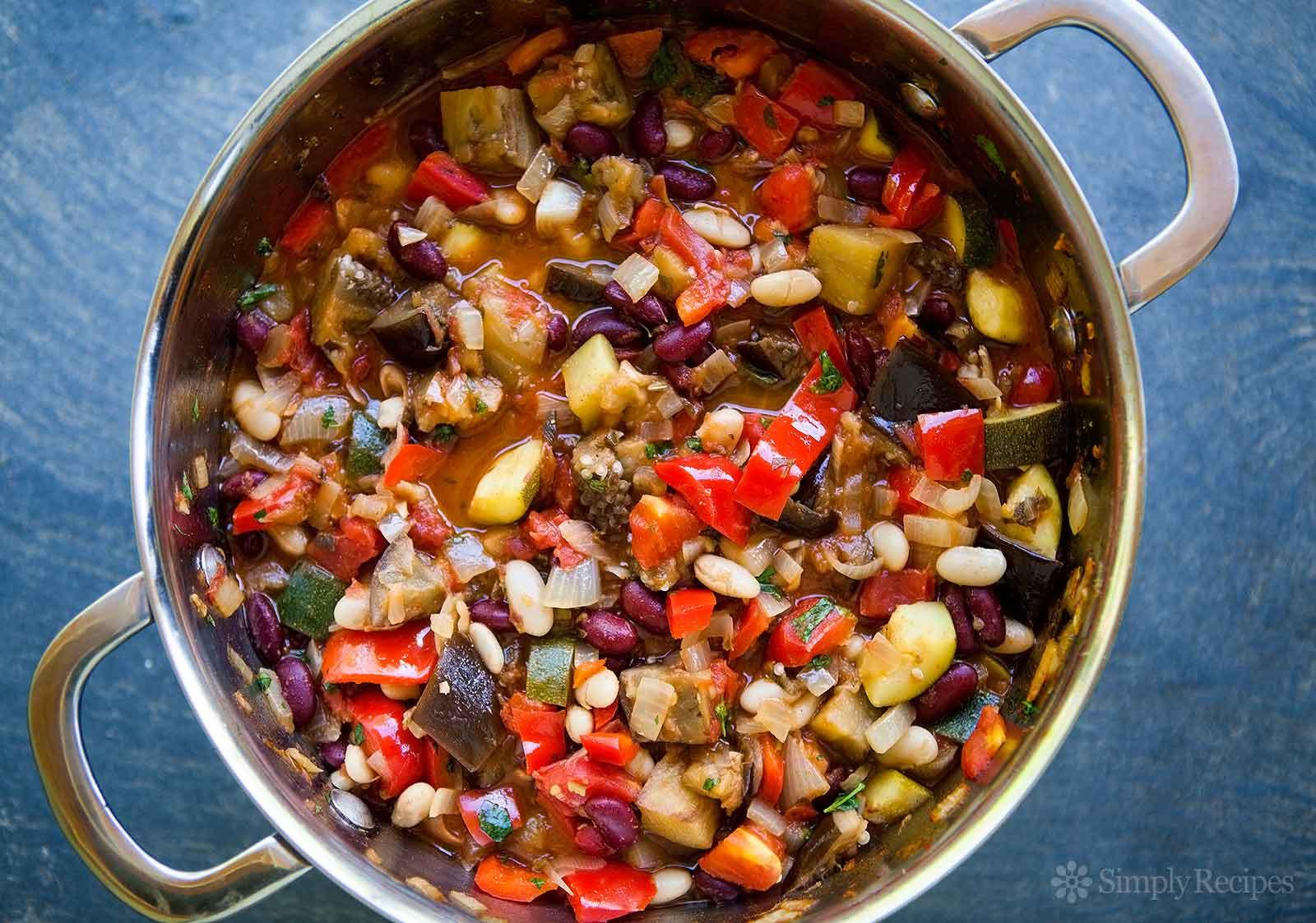 Vegetarian Recipes Video  Ve arian Chili