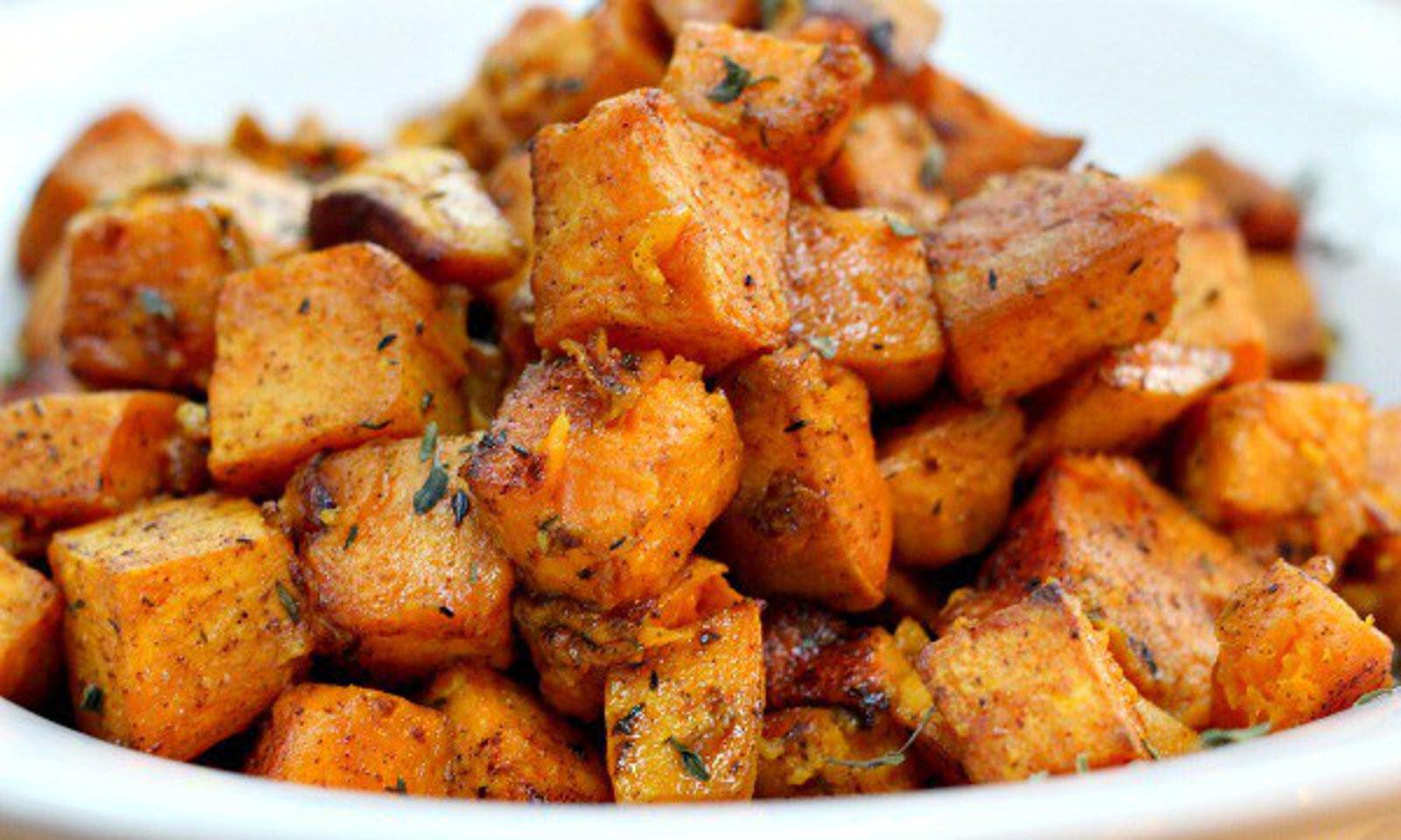 Vegetarian Recipes With Potatoes  Cinnamon Turmeric Sweet Potatoes [Vegan] e Green
