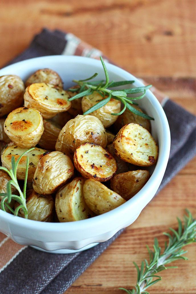 Vegetarian Recipes With Potatoes  Simple Herb Roasted Potatoes I LOVE VEGAN