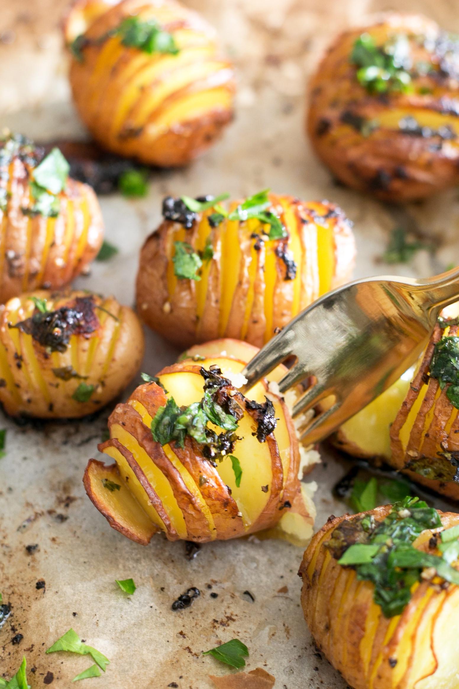 Vegetarian Recipes With Potatoes  Vegan Lemon Garlic Herb Roasted Potatoes