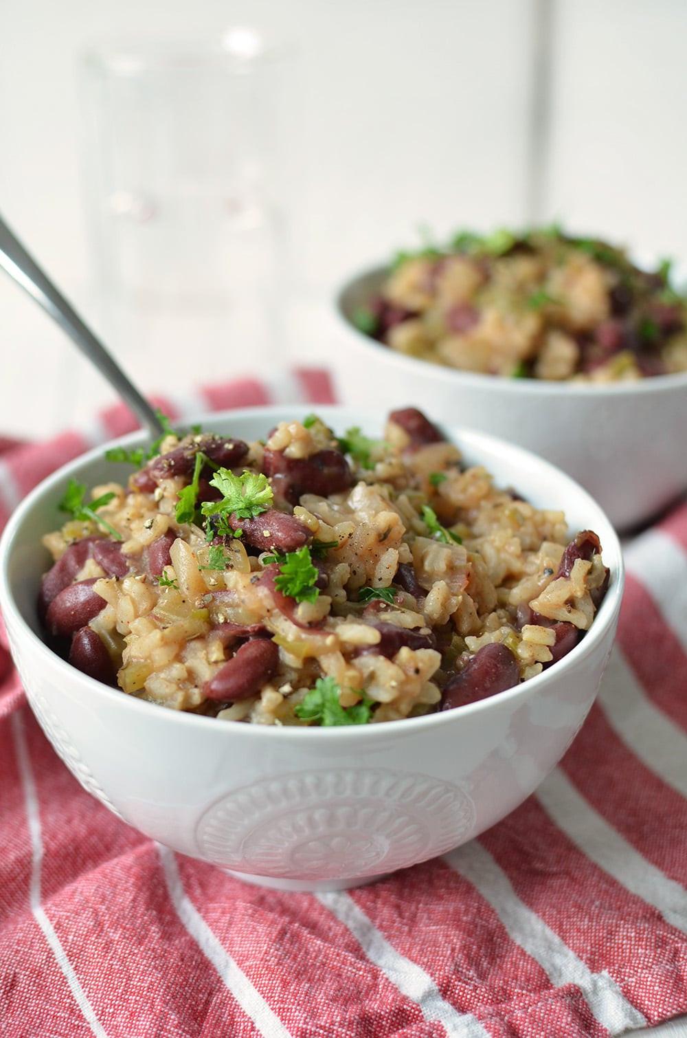 Vegetarian Rice And Bean Recipes  Slow Cooker Vegan Bean and Rice Recipe