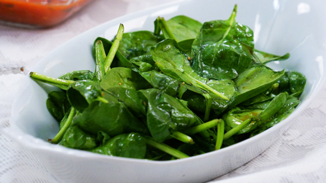 Vegetarian Spinach Salad Recipes  Quick Baby Spinach Salad Recipe