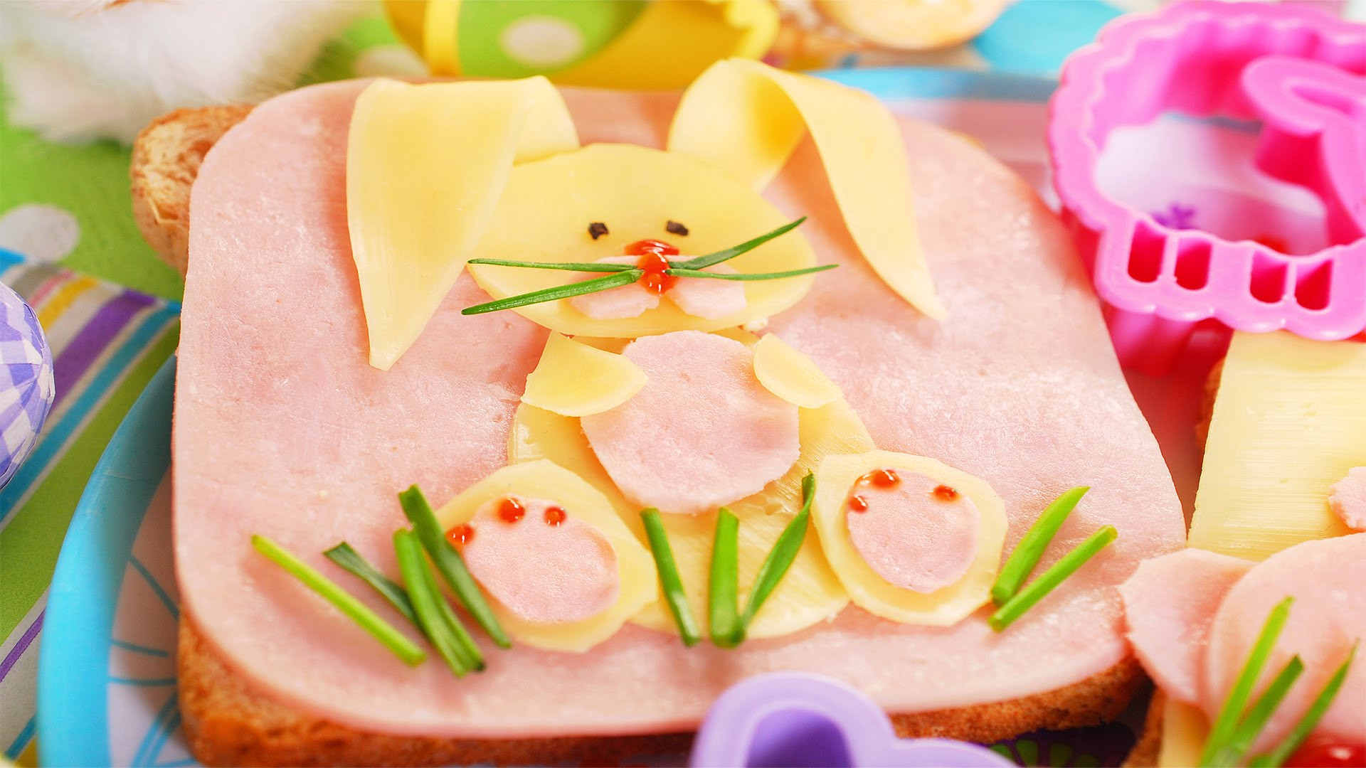 Why Do We Eat Ham At Easter  Why is Ham Traditionally Eaten on Easter