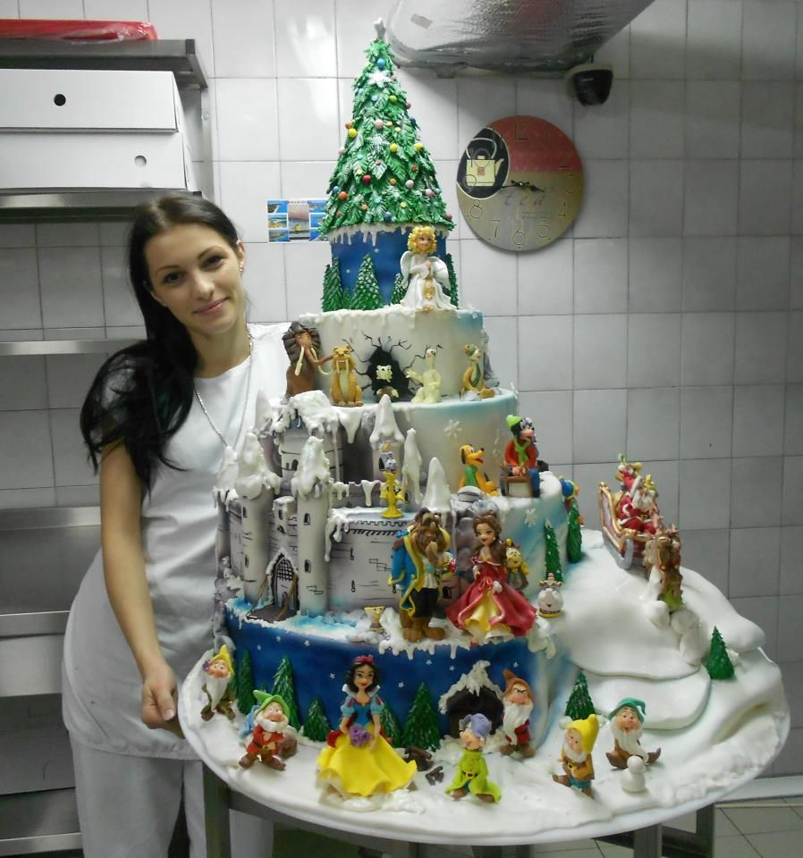 Amazing Christmas Cakes  Amazing Christmas Cakes