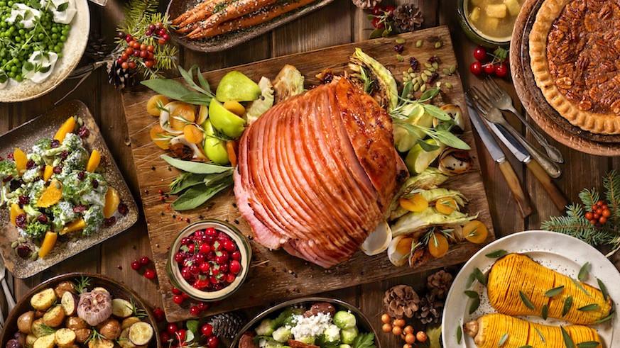American Christmas Dinner  Food and Drinks