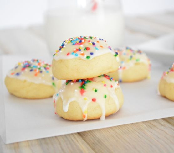 Anisette Christmas Cookies  1000 ideas about Anisette Cookies on Pinterest