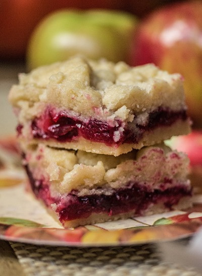 Apple Desserts For Thanksgiving  Cranberry Apple Shortbread Bars