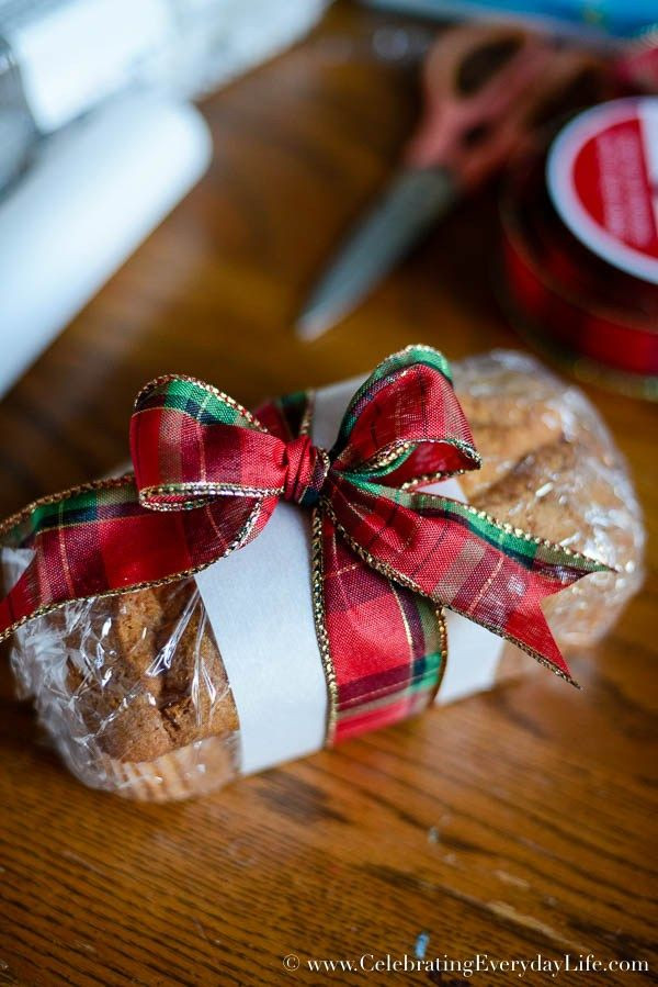 Baking Goods For Christmas Gifts  How to Wrap Baked Goods