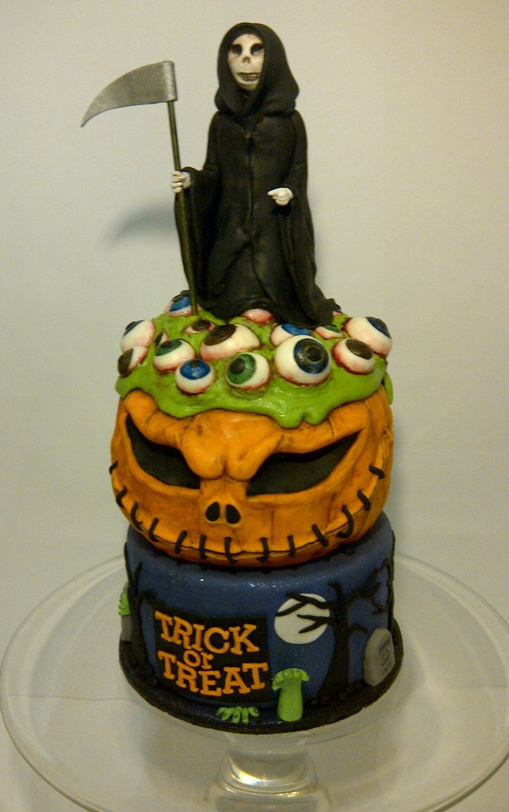 Best Halloween Cakes  17 Best ideas about Scary Halloween Cakes on Pinterest