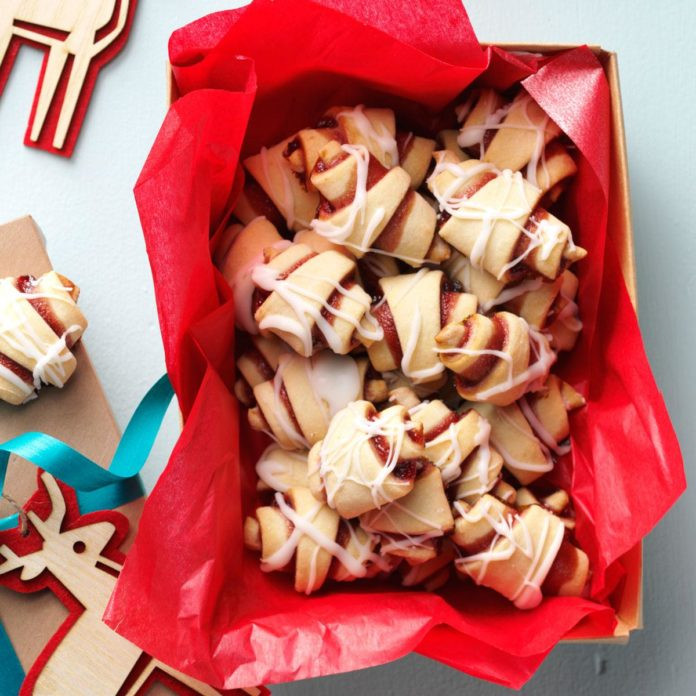 Best Tasting Christmas Cookies  150 of the Best Christmas Cookies Ever