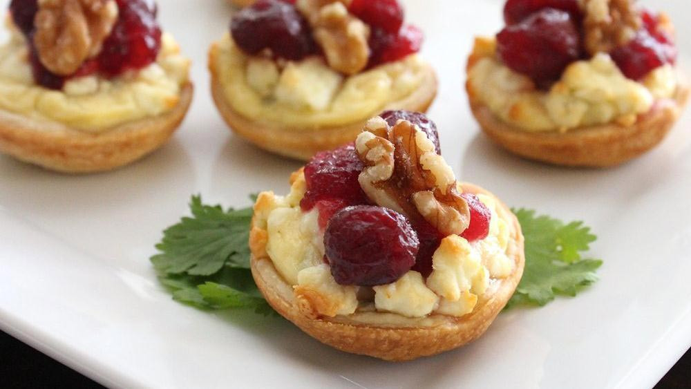 Best Thanksgiving Appetizers Easy  Make Ahead Thanksgiving Appetizers from Pillsbury