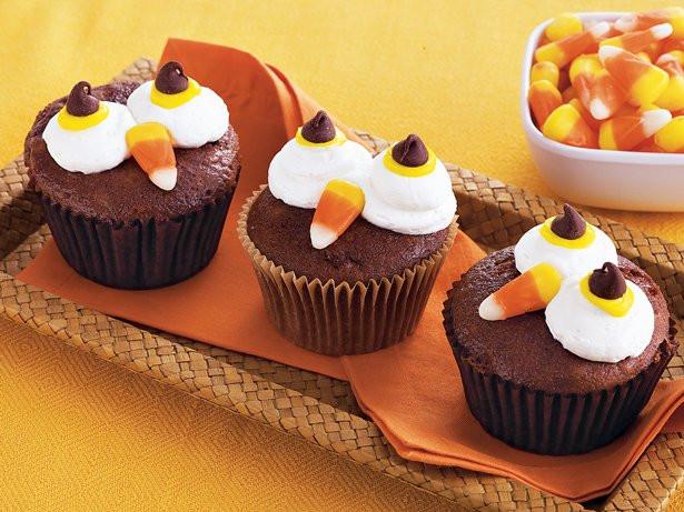 Betty Crocker Christmas Desserts  Halloween Owl Cupcakes recipe from Betty Crocker