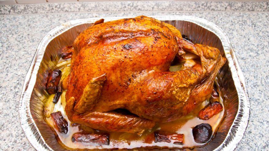 Biggest Thanksgiving Turkey  Thanksgiving fails Biggest turkey carving mistakes