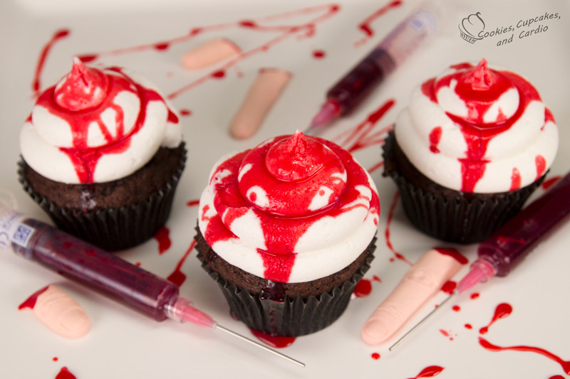 Bloody Halloween Cupcakes  How to Make Edible Fake Blood & Bloody Halloween Cupcakes