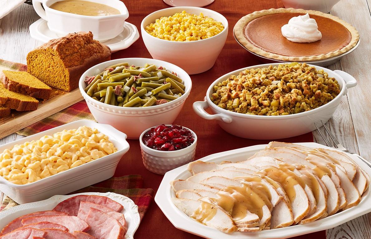 Bob Evans Christmas Dinner  Bob Evans from 19 Chain Restaurants Serving Thanksgiving