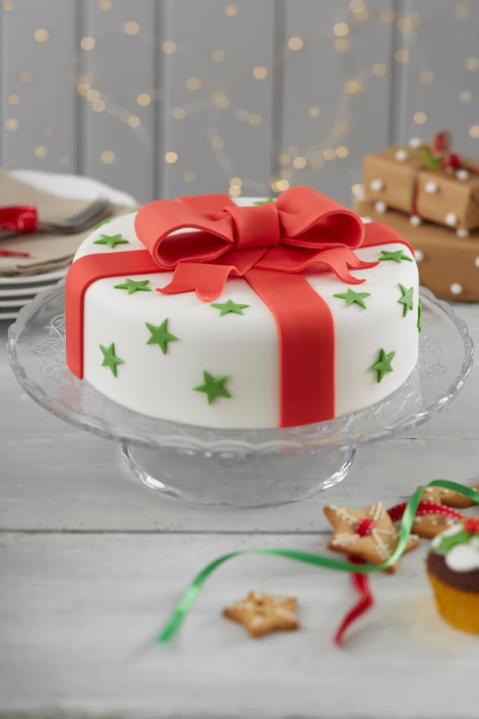 Cakes For Christmas  18 AWESOME Christmas cake decorating ideas