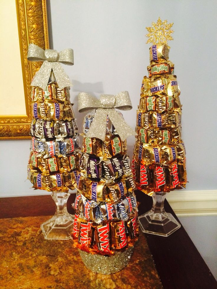 Candy Bar Christmas Tree  Best 25 Candy Trees ideas on Pinterest
