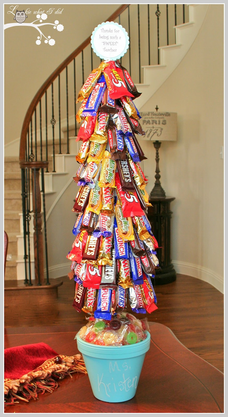 Candy Bar Christmas Tree  Lookie What I Did A Candy Topiary
