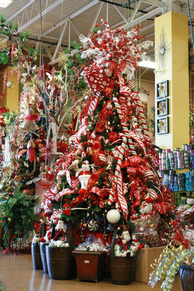 Candy Cane Christmas Tree  Yummy and Sweet Christmas Tree Ideas