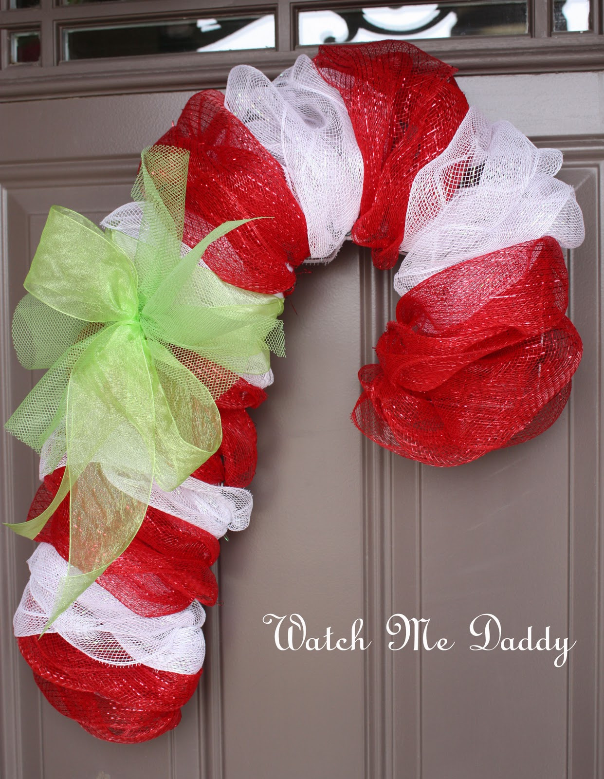 Candy Cane Christmas Wreath  Rantin & Ravin WINTER CHRISTMAS WREATHS