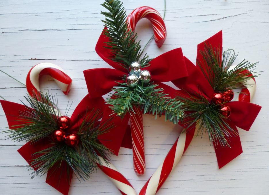 Candy Cane Crafts For Christmas  Candy Cane Crafts 14 Homemade Christmas Ornaments and