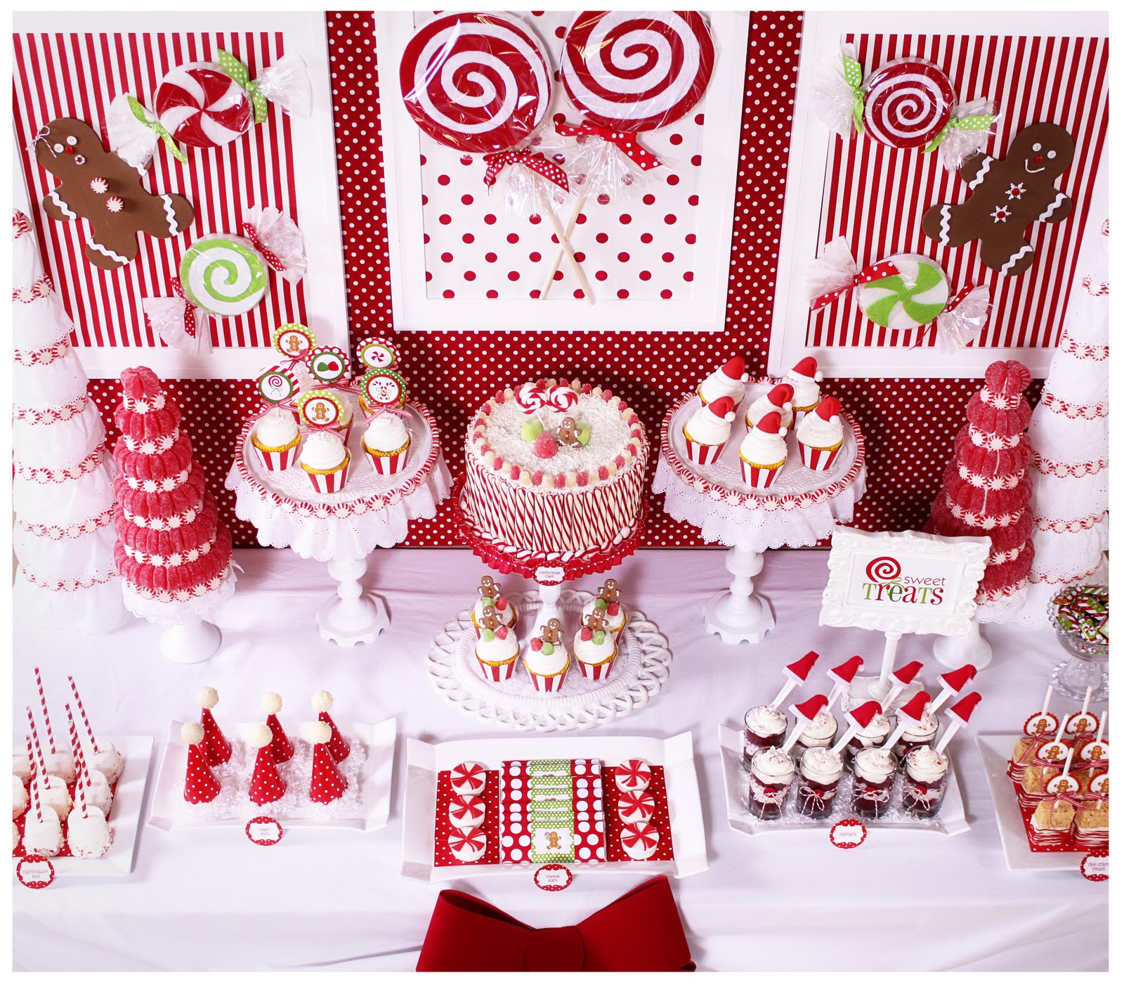 Candy For Christmas  Amanda s Parties To Go Candy Christmas Dessert Table
