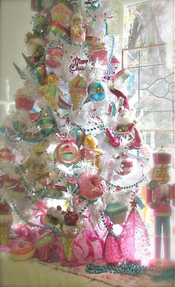 Candy Themed Christmas  25 best ideas about Candy Land Christmas on Pinterest