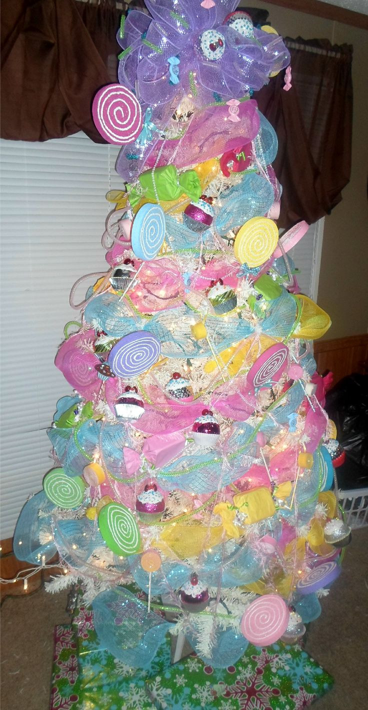 Candy Themed Christmas  192 best Candy themed Christmas decorations images on