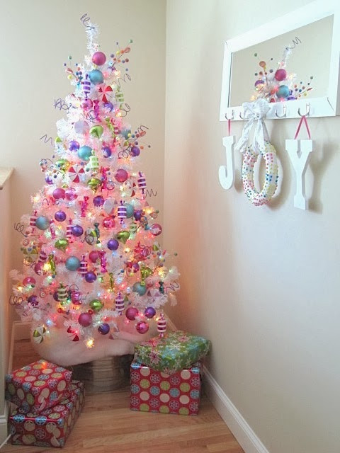 Candy Themed Christmas Tree  Sew Many Ways Easy Christmas Candy Wreath