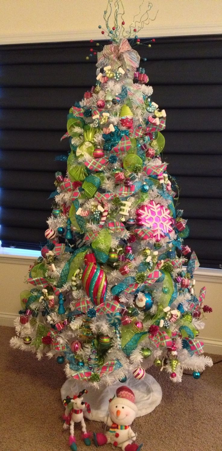 Candy Themed Christmas Tree  17 Best images about Candy themed Christmas decorations on