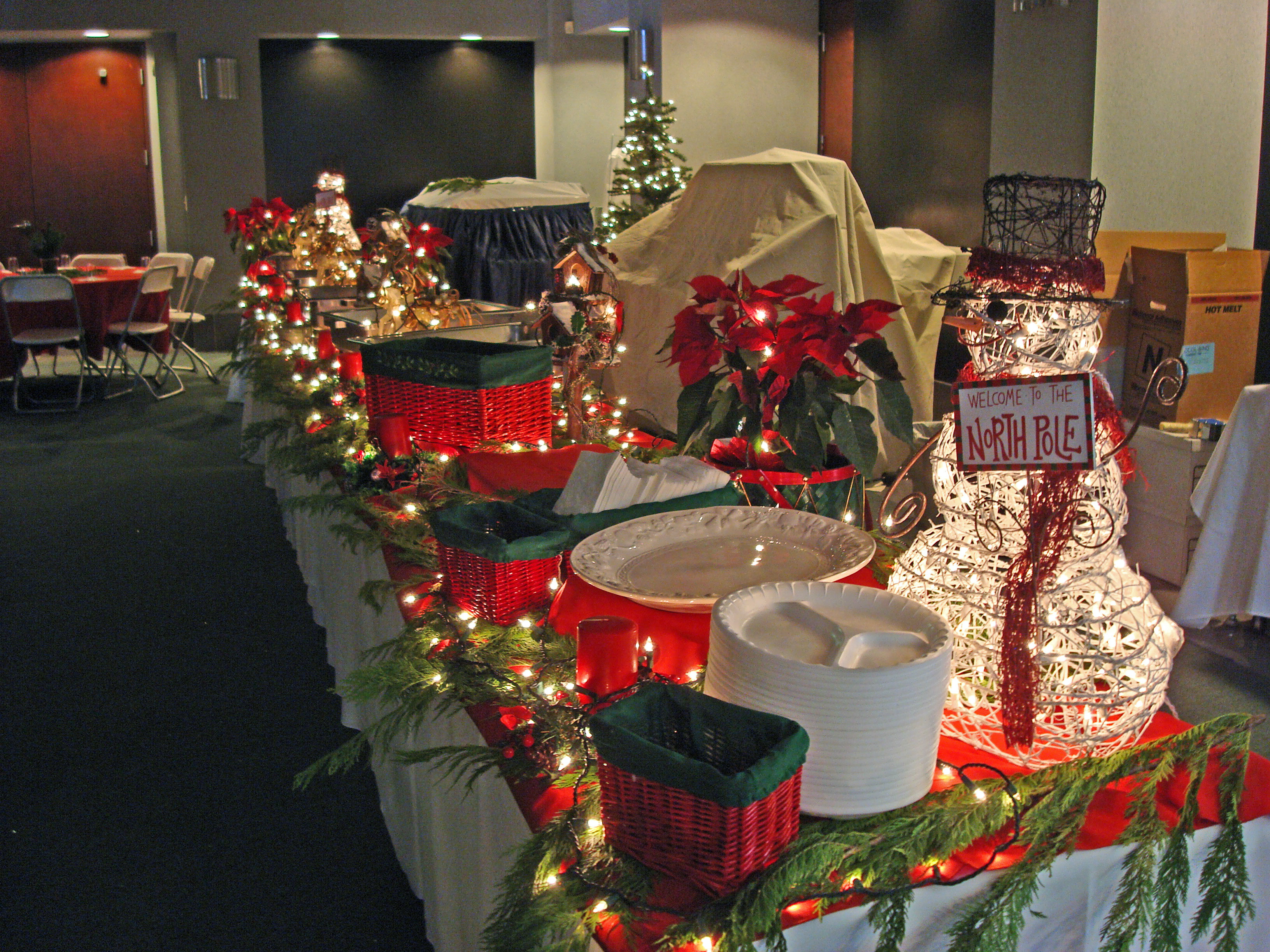 Catered Christmas Dinners  Holiday Catering Menus for Thanksgiving & Christmas Dinners