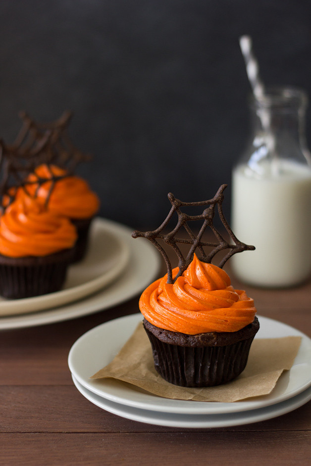 Chocolate Halloween Cupcakes  Pumpkin Chocolate Spiderweb Cupcakes