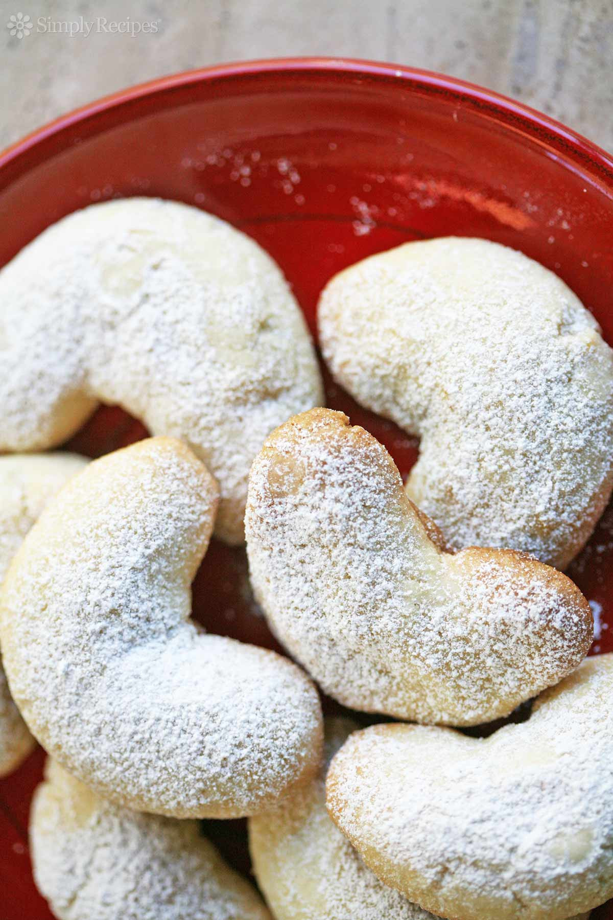 Christmas Almond Cookies  Almond Crescent Cookies Recipe