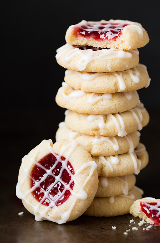 Christmas Almond Cookies  Menu Plan Monday Christmas Cookie Recipes Walking