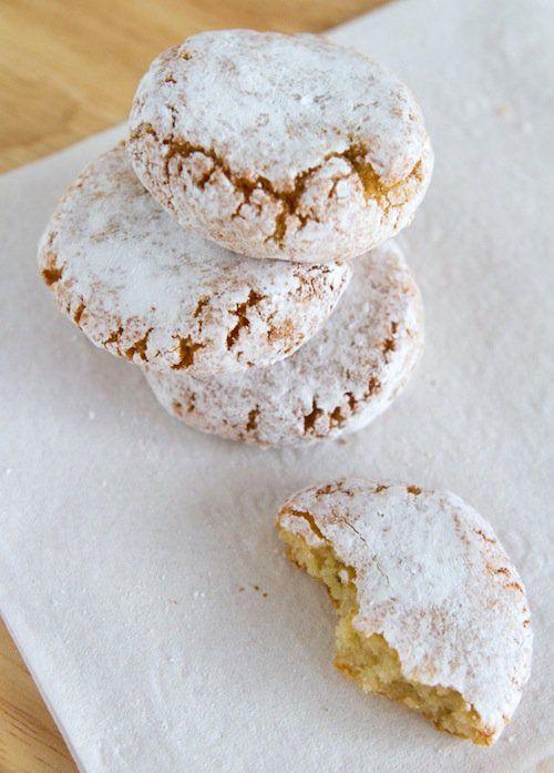 Christmas Almond Cookies  17 Best ideas about Italian Almond Cookies on Pinterest