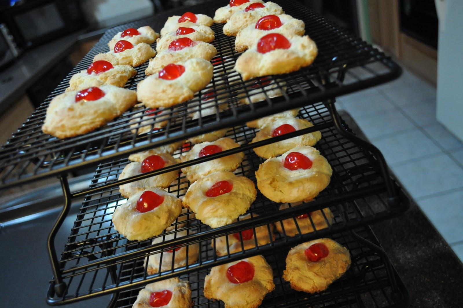 Christmas Almond Cookies  Teacher Baker Gourmet Meal Maker Almond Paste Cookies
