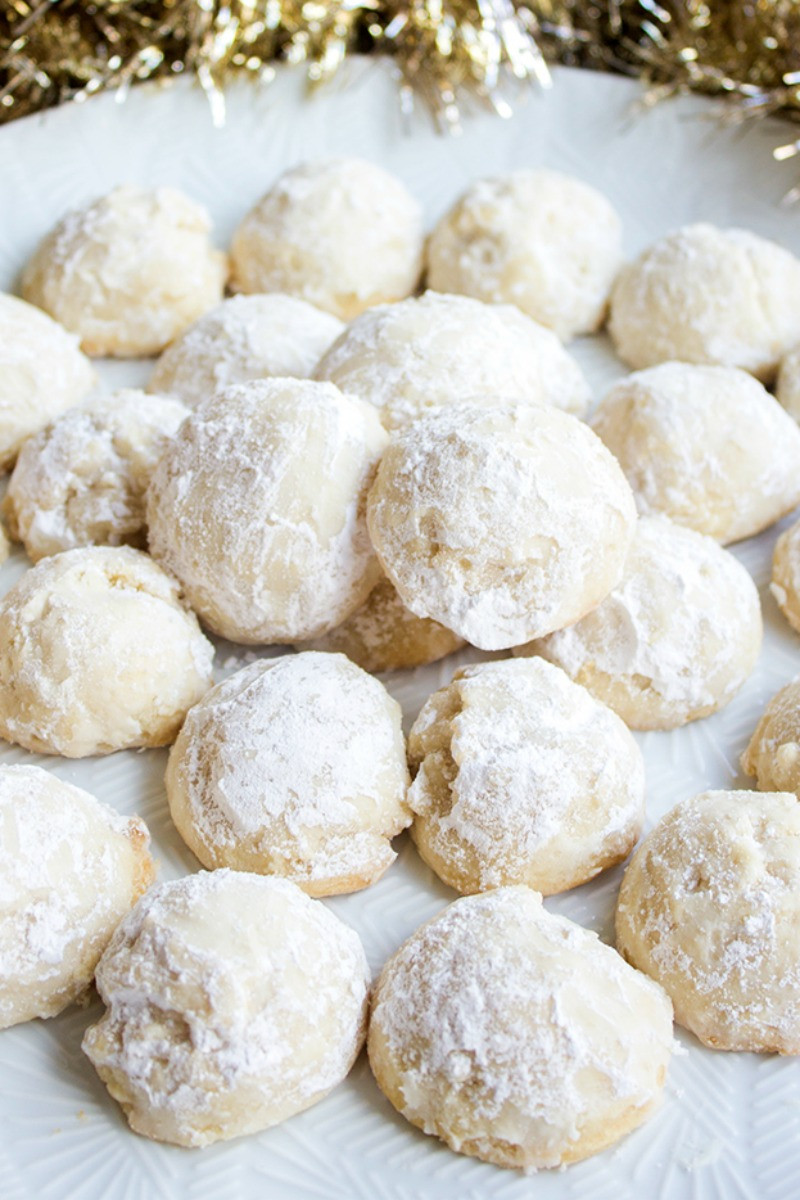 Christmas Almond Cookies  5 Ingre nt Vanilla Almond Snowball Cookies • Bread Booze