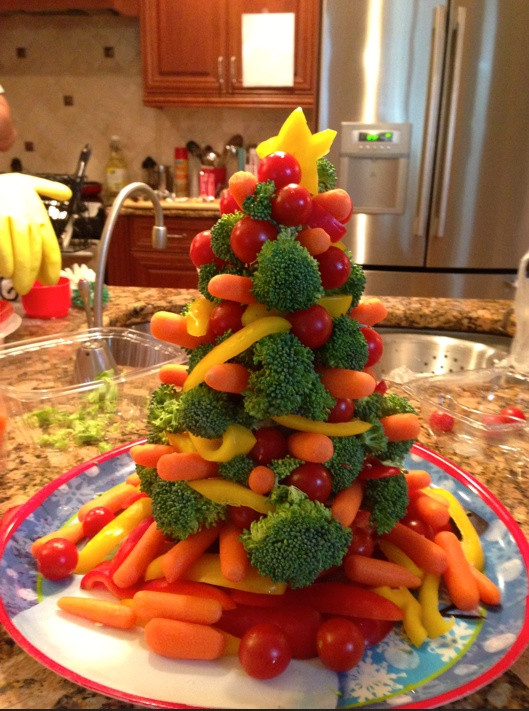 Christmas Appetizers On Pinterest  Broccoli Christmas appetizer holiday cheer