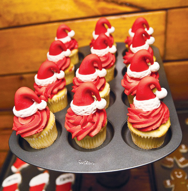 Christmas Baking For Kids  Santa s Workshop Kids Christmas Baking Party Hostess