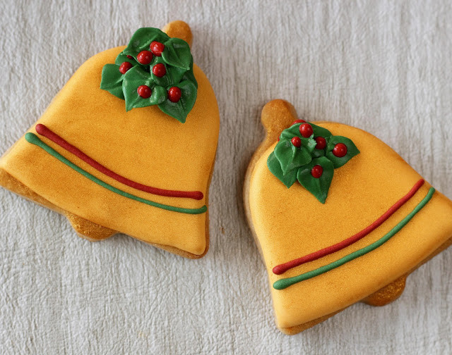 Christmas Bell Cookies  My Cookie Clinic CHRISTMAS BELL COOKIES December