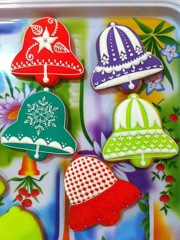 Christmas Bell Cookies  Cookie Decorating When Making Sweets Be es Art