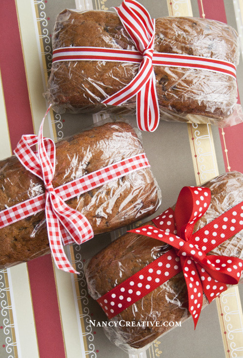 Christmas Bread Gifts  Chocolate Chip Pumpkin Bread and Mini Loaves