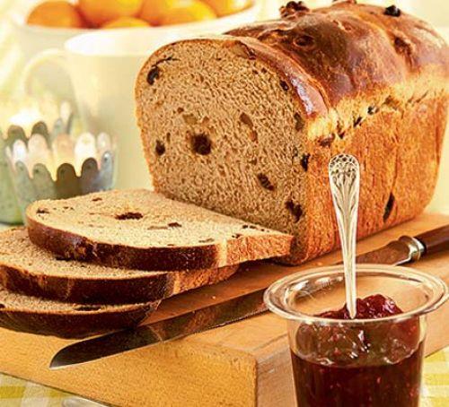 Christmas Bread Receipes  Christmas morning spiced bread recipe