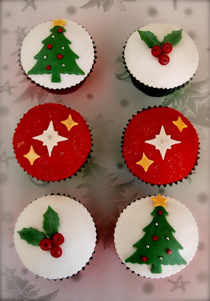 Christmas Cake And Cupcakes  35 best images about christmas cakes and cupcakes on