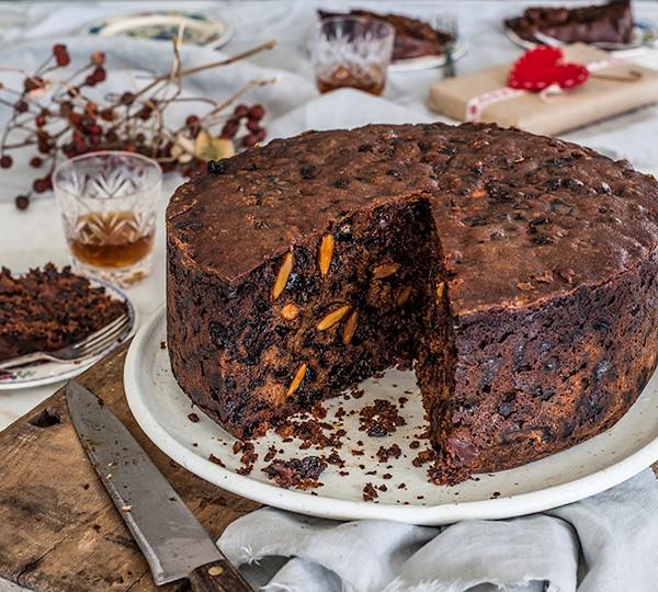 Christmas Cake Recipes  Overnight Christmas Cake Annabel Langbein – Recipes