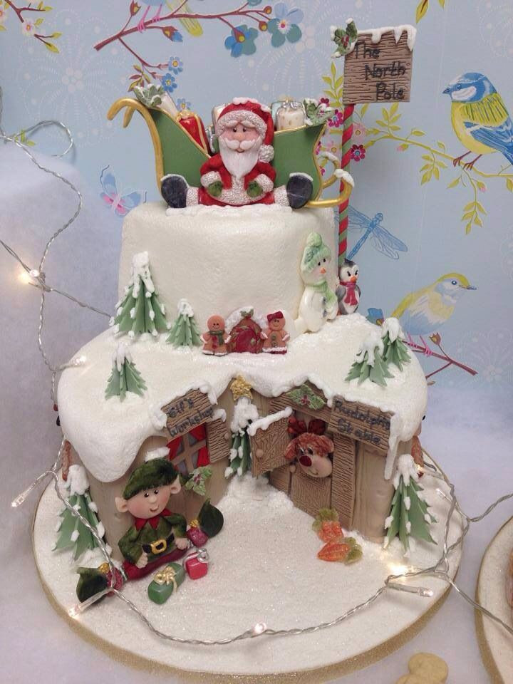 Christmas Cakes For Kids  What a great Christmas cake for the kids