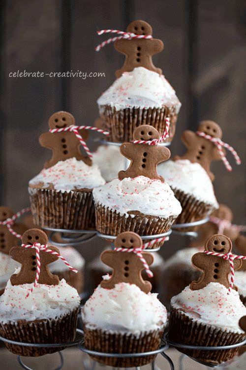 Christmas Cakes For Kids  7 Christmas Cakes For Kids Petit & Small